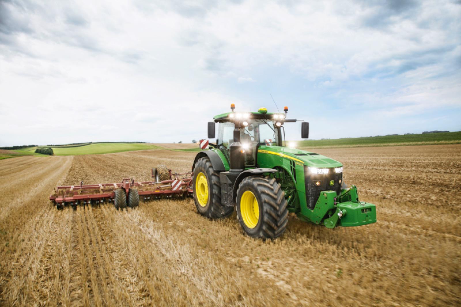 Photo du Tracteurs agricoles 8400R