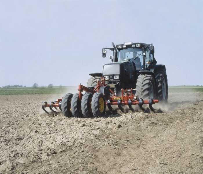 Photo du Vibroculteurs/ Combinés de préparation de sols Front Tiller FT 400
