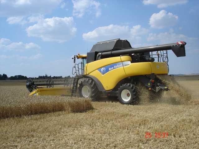Photo du Moissonneuses-batteuses à rotor CR9080