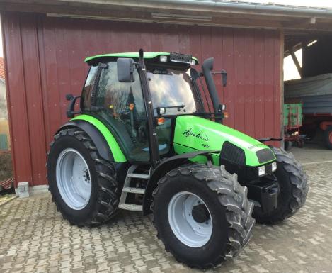 Photo du Tracteurs agricoles Agrotron 100