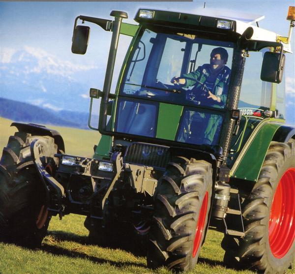 Photo du Tracteurs agricoles 380 GTA Turbo Porte Outils