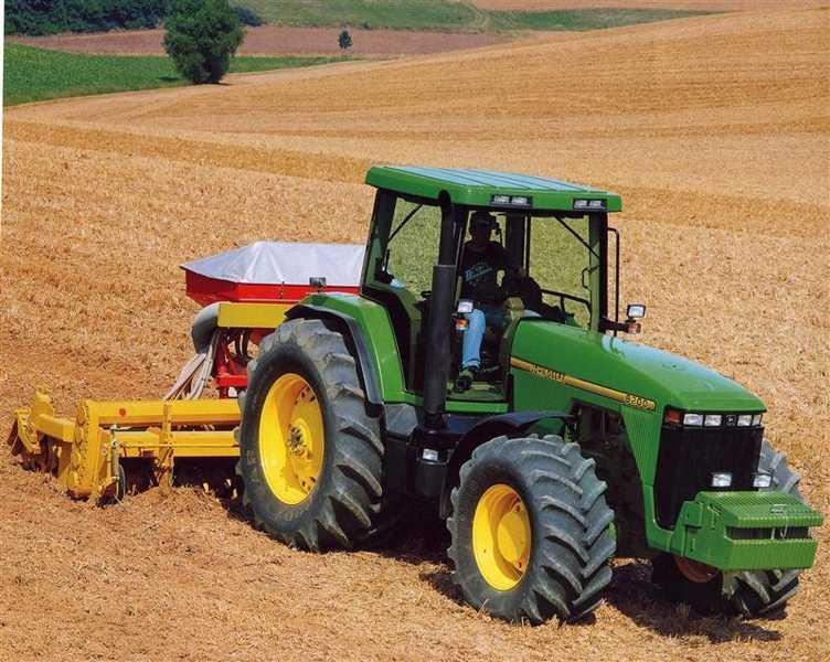 Photo du Tracteurs agricoles 8200
