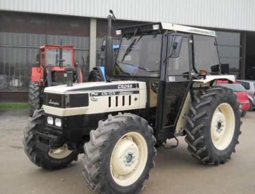 Photo du Tracteurs agricoles 674.70 Grand Prix LS