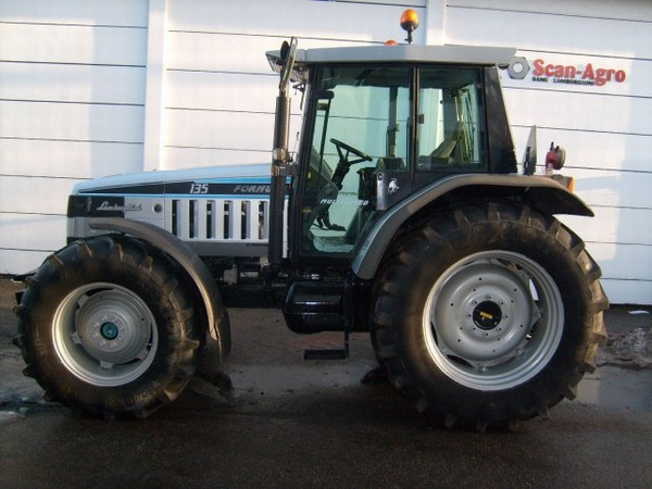 Photo du Tracteurs agricoles Formula II 135