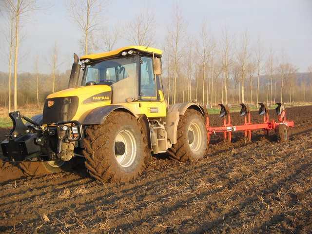 Photo du Tracteurs agricoles Fastrac 3220