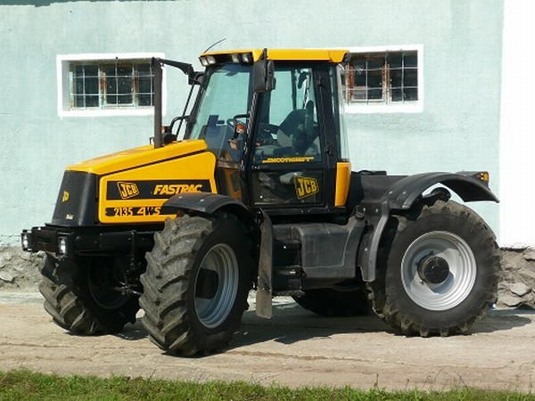 Photo du Tracteurs agricoles Fastrac 2135 Quadtronic