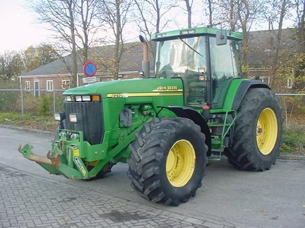 Photo du Tracteurs agricoles 8210