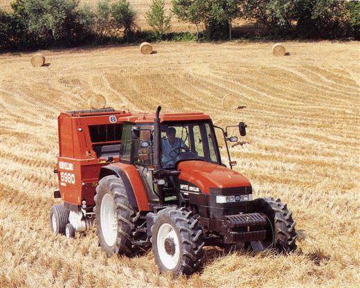 Photo du Tracteurs agricoles M115 / 8260