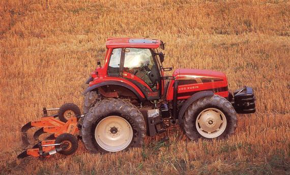 Photo du Tracteurs agricoles Rubin Galileo cab 200