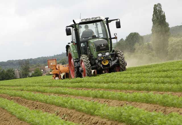 Photo du Tracteurs agricoles Vario 412