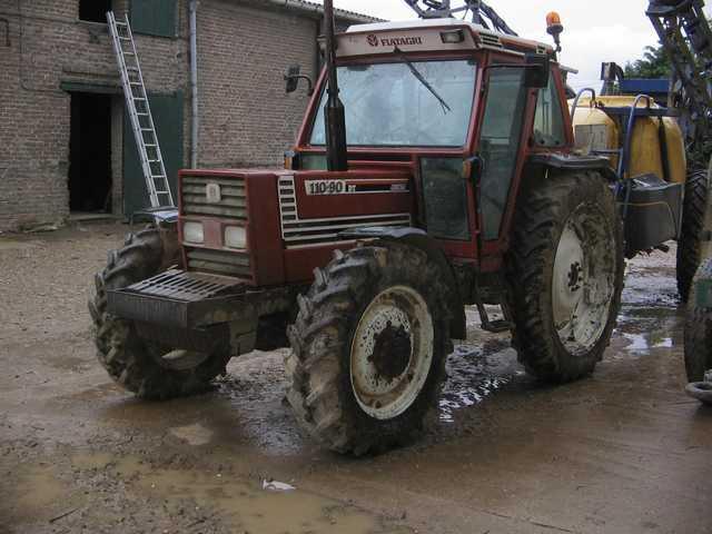 avis 110 90 dt de la marque fiatagri tracteurs agricoles. Black Bedroom Furniture Sets. Home Design Ideas