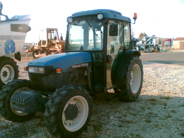 Photo du Tracteurs fruitiers TN75F