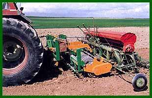 Photo du Vibroculteurs/ Combinés de préparation de sols Nivelsem 280
