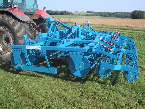 Photo du Vibroculteurs/ Combinés de préparation de sols Comdor P