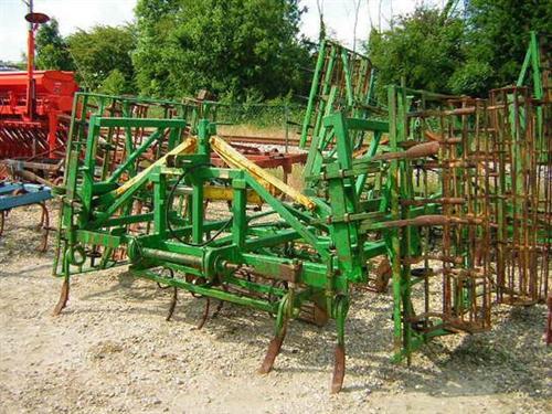 Photo du Vibroculteurs/ Combinés de préparation de sols Bicultor
