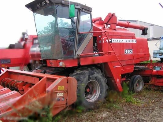 Moissonneuse batteuse massey ferguson 530