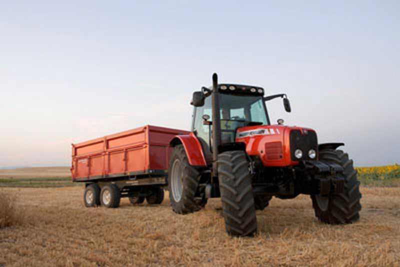 Photo du Tracteurs agricoles MF 5465