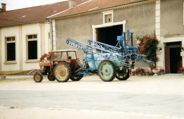 Photo du Tracteurs agricoles MF 188