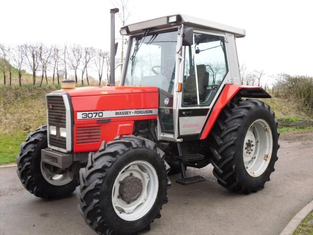Photo du Tracteurs agricoles MF 3070