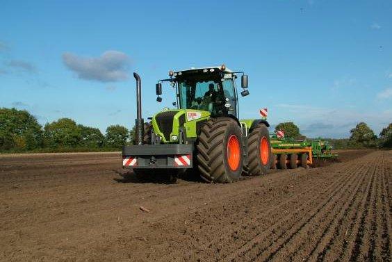 Photo du Tracteurs agricoles Xerion 3800 (2008)