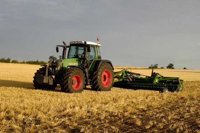 Photo du Tracteurs agricoles 820 Vario et 820 Vario Greentec