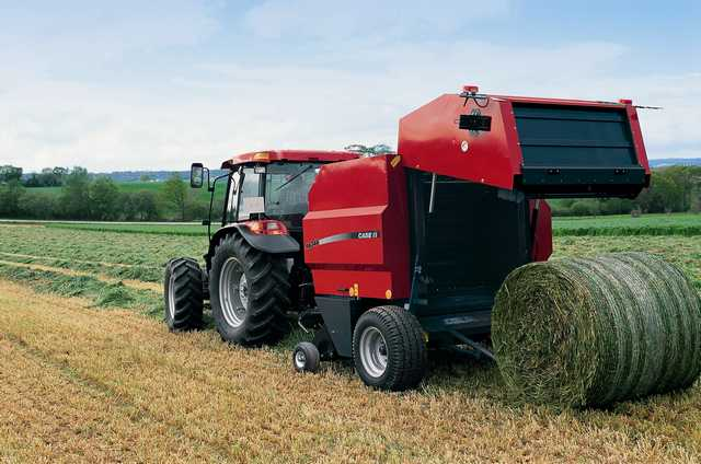 Photo du Presses à balles rondes RB 344 (standard/ Rotor Cutter/ Silage Pack)