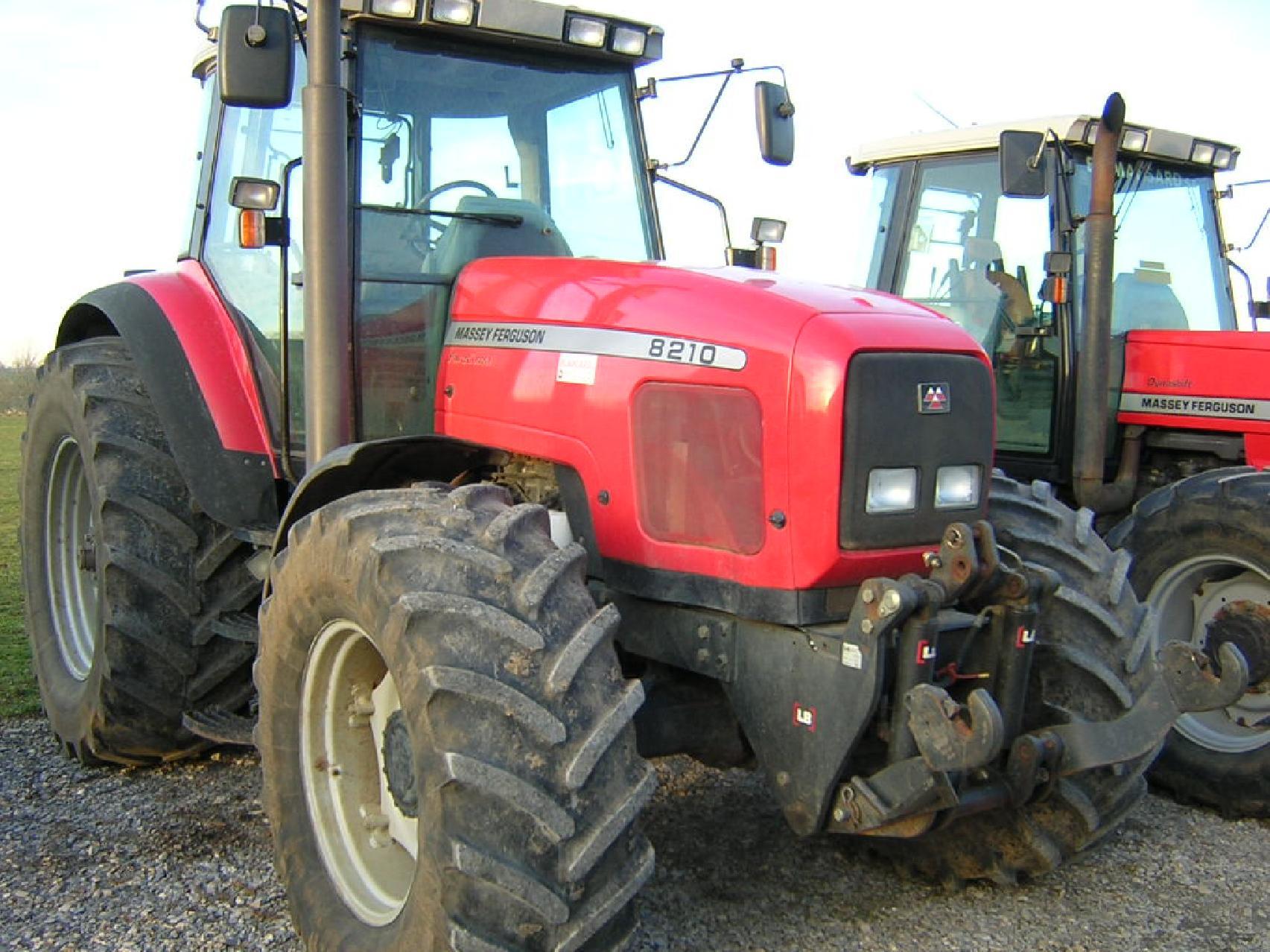Photo du Tracteurs agricoles MF 8210
