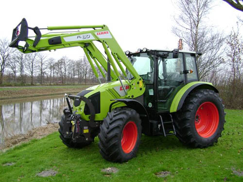 avis axos 310 de la marque claas tracteurs agricoles. Black Bedroom Furniture Sets. Home Design Ideas