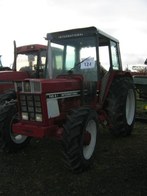 Photo du Tracteurs agricoles 745-S