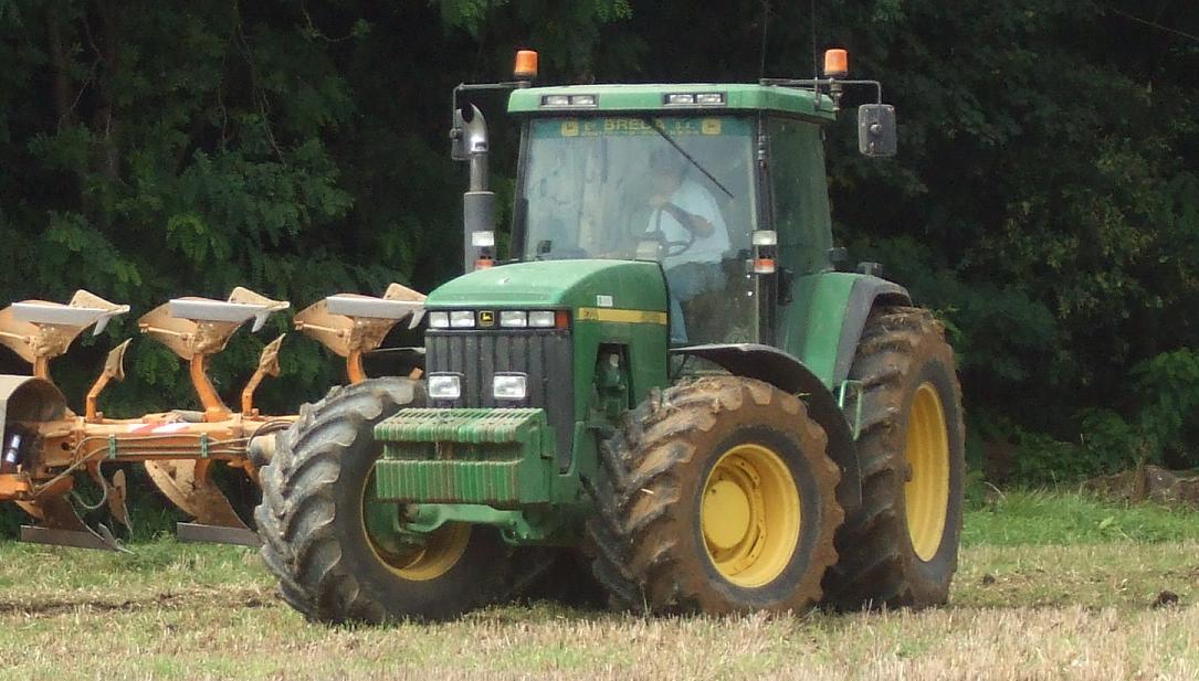 Photo du Tracteurs agricoles 8300