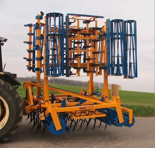Photo du Vibroculteurs/ Combinés de préparation de sols Prepater I