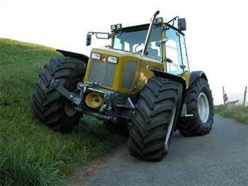 tracteur de montagne suisse tracteur agricole. Black Bedroom Furniture Sets. Home Design Ideas