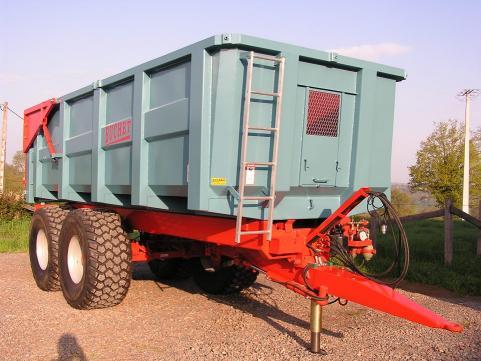 Photo du Remorques agricoles Remorques double essieux de 12 et 16 tonnes