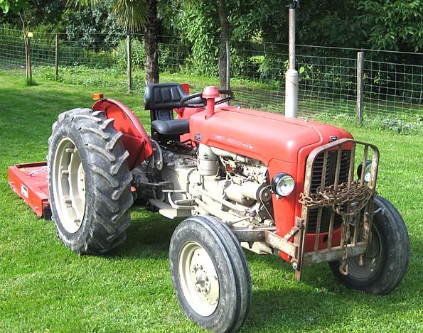 Photo du Tracteurs agricoles MF 42-8