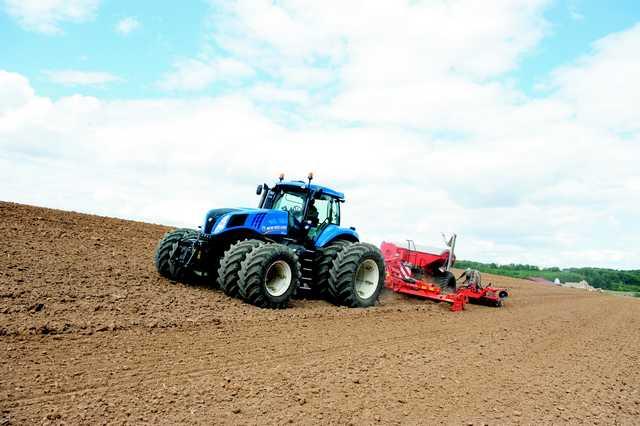 Photo du Tracteurs agricoles T8.330