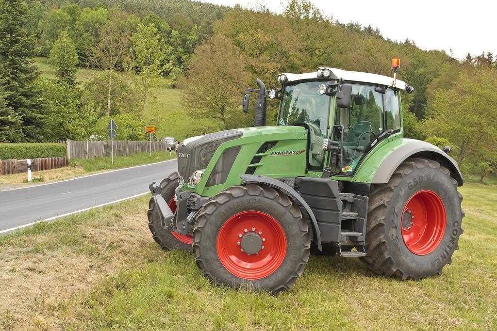 Photo du Tracteurs agricoles 824 Vario