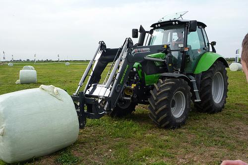 Photo du Tracteurs agricoles Agrotron TTV 420