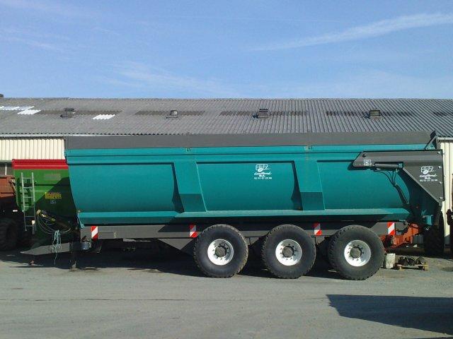 Photo du Remorques agricoles remorques agricoles de 6 à 23 tonnes