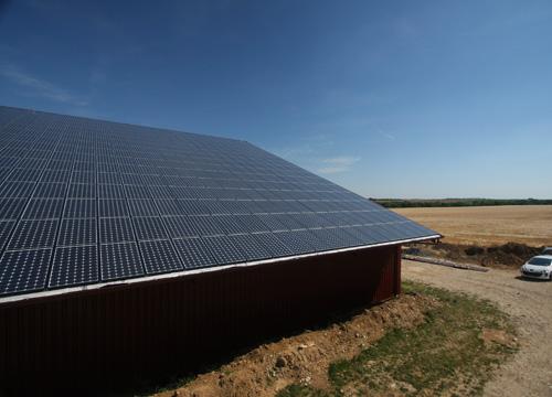Photo du Energie photovoltaïque La rénovation gratuite de toiture