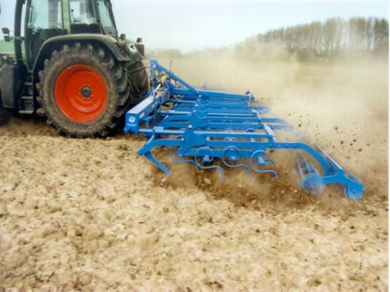 Photo du Vibroculteurs/ Combinés de préparation de sols Korund