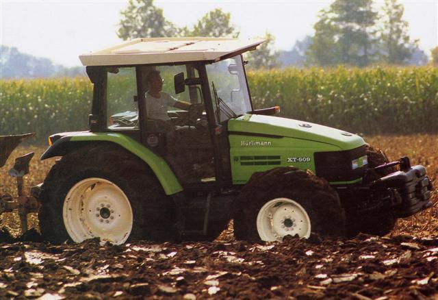 Photo du Tracteurs agricoles XT 910.6