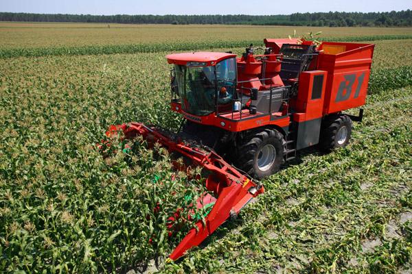 Photo du Cueilleurs à maïs Corn-Picker B1