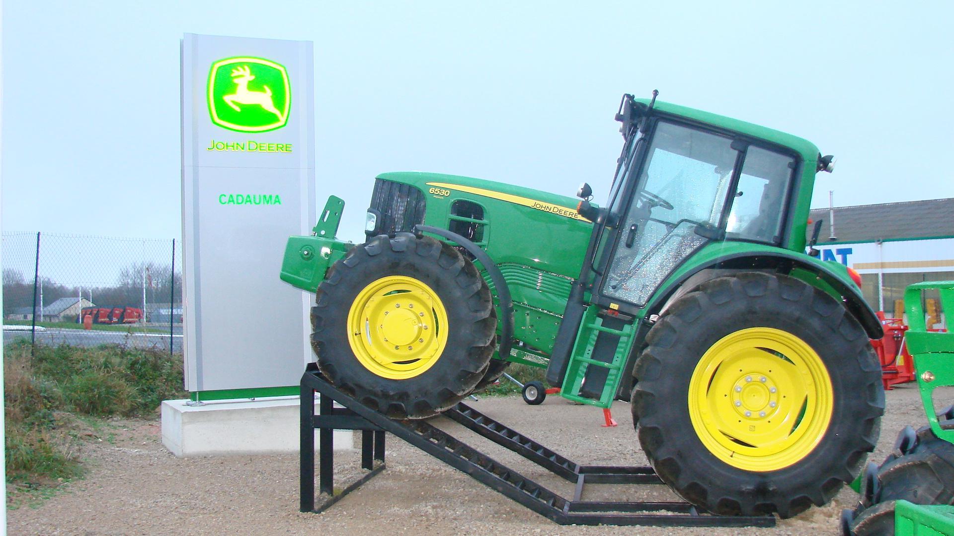 Photo du Vente de matériels neufs Concessionnaire John Deere (tracteurs, moissonneuses, faucheuses...)
